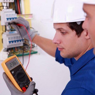 estand_electrician_about_image_1